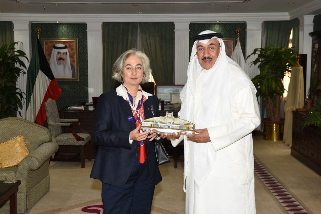 محافظ الجهراء يستقبل سعادة سفيرة جمهورية فرنسا لدى دولة الكويت