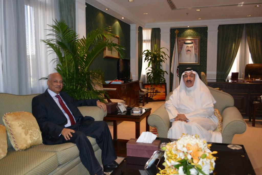 محافظ الجهراء يستقبل سفير جمهورية مصر العربية