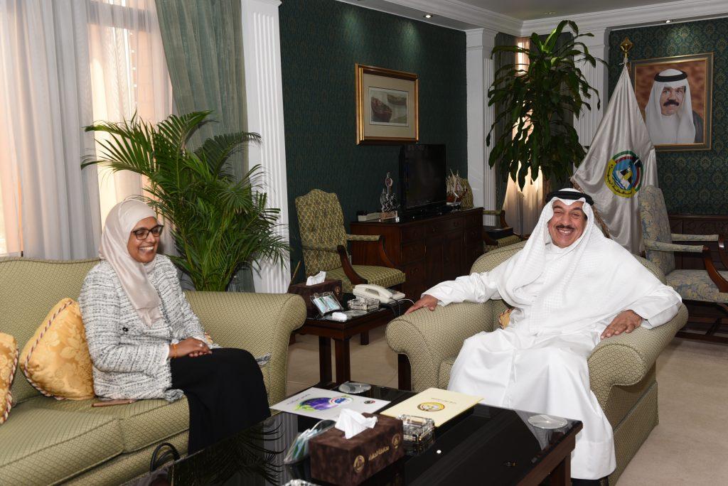 محافظ الجهراء يؤكد دعمه لتطوير المدن الصحية بالتعاون والتنسيق مع وزارة الصحة